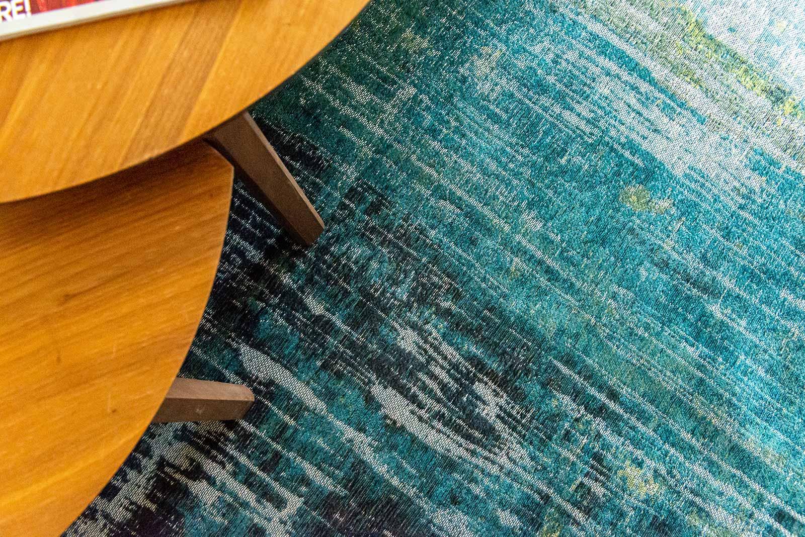 Louis De Poortere rug CS 9126 Atlantic Streaks Glen Cove interior 9