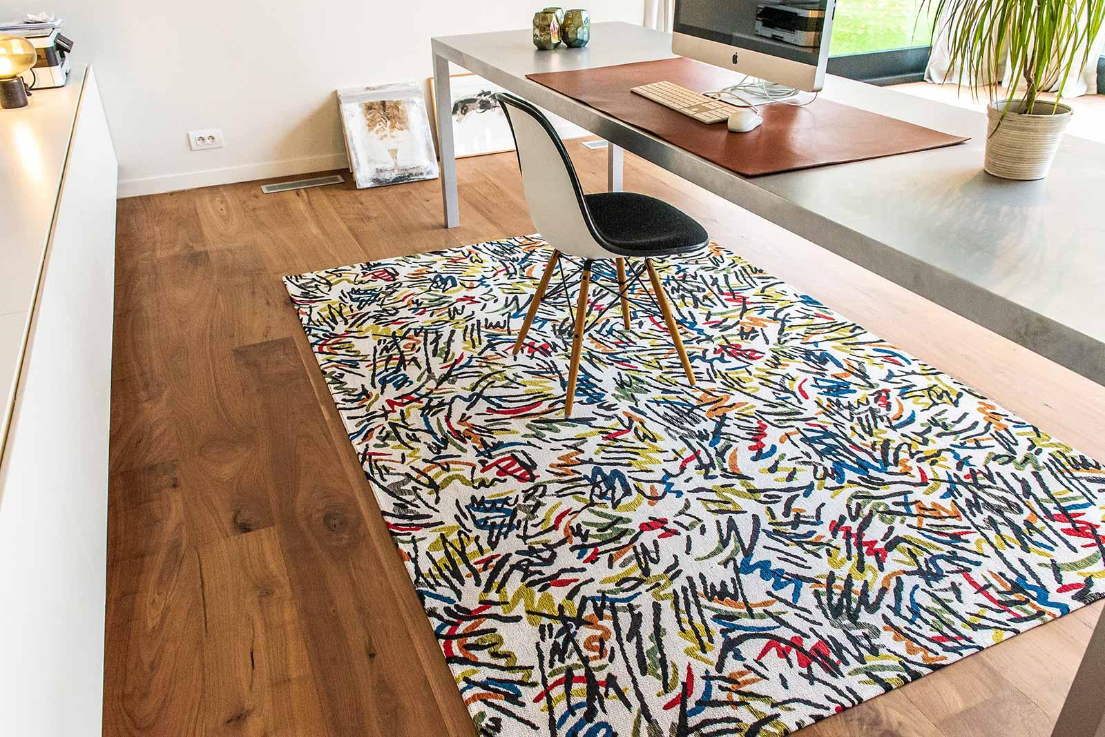 Louis De Poortere rug CS 9144 Gallery Graffito Street Graph interior 4